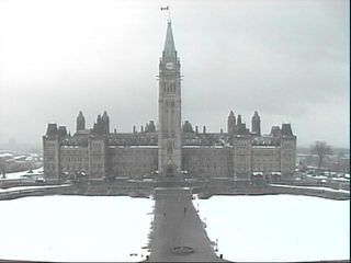 Snow on Parliament Hill - Apr 2007